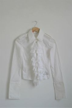 Vintage 90s Gothic Victorian white Ruffle Jabot Cropped Small size S buttoned Blouse Shirt Top extra long sleeves Gaudi boutique