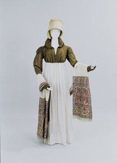 Walking Dress 1810