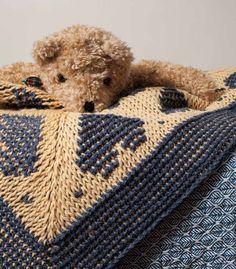 Heart Throw Pattern; Lily Chin; Interweave Crochet, Home 2015 | InterweaveStore.com