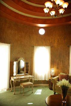 Bride's Room  #chateaupolonez #houstonvenue