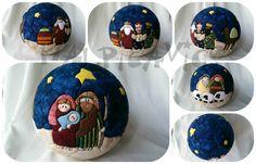 Malpicavigo: porexpan                                                                                                                                                                                 Más Christmas Bazaar Crafts, Quilted Christmas Ornaments, Christmas Toys, Christmas Deco, Christmas Balls, Homemade Christmas, Christmas Projects, Christmas Tree Decorations, Christmas Holidays