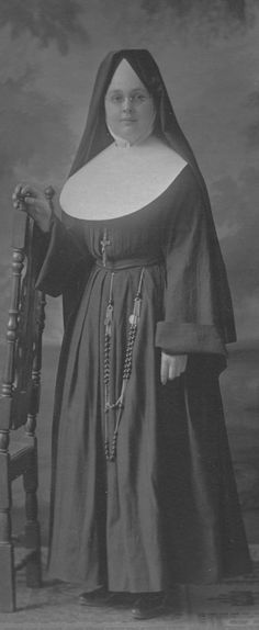 Sisters of St. Joseph// I remember this old habit.  They were my teachers in grade school -- located in South Florida. Imagine wearing this habit in a classroom without air conditioning ( yes--I'm that old) -- st //