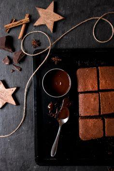 Gewürzkuchen mit Schokoladenglasur | Foodlovin'