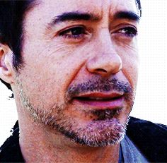 Robert Downey Jr. | 19 Lingering Gazes That Will Legit Make You Lose Your Train Of…. wait, what?