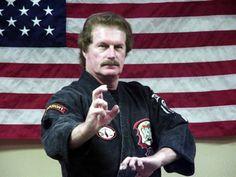 Grandmaster Paul Mills - fastest hands on the planet