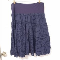 Navy blue flowy skirt Elastic waist band. Looks great with a white tank top J. Crew Skirts Midi
