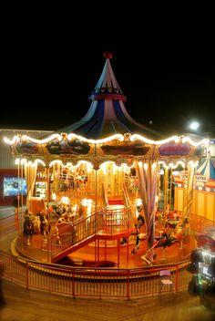 Carousel at Pier 39. San Francisco, CALIFORNIA  (by Rafael Silveira, via 500px)