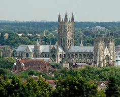 Google Image Result for http://www.ang-md.org/lambeth/images/canterbury-cathedral-lg.jpg