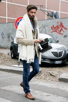 On the streets of Milan: chunky knit cardigan and shawl