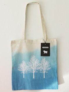 Jutebeutel Batik Bäume // Tree tote bag by berlinillustrated via DaWanda.com