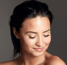 She's so gorgeous I can't even.