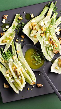 De stoomoven zorgt voor ontspannen koken, stoom vlees, groenten en desserts tot perfectie. Probeer bijvoorbeeld deze heerlijke bereiding voor Venkel met walnoot-vinaigrette! Klik voor het recept.