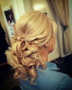 A beautiful upstyle by Katie at Kreation Stylists, Bridesmaid, Long Hair Styles, Beautiful, Beauty, Maid Of Honour, Bridesmaids, Long Hairstyle, Long Haircuts