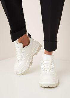 T R A I N E R S · Vans Sneakers, Pinocchio, Korean Fashion. de Bijenkorf 20b5c8354f