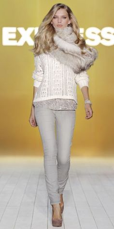 Love the neutrals and mix of sparkly with winter. Not so much digging the scarf though.