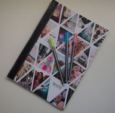Caderno personalizado com imagens. Diy Agenda, Diy Notebook Cover, Fall Crafts, Diy And Crafts, School Locker Organization, Cute Notebooks, Beautiful Notebooks, Journals, Diy Back To School