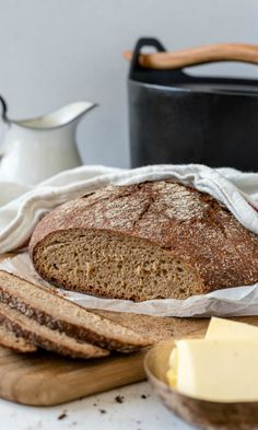 Pataruisleipä | Maku Rye Bread Recipes, No Salt Recipes, Wine Recipes, Finnish Rye Bread Recipe, Finnish Recipes, Savoury Baking, Bread Baking, My Favorite Food, Favorite Recipes