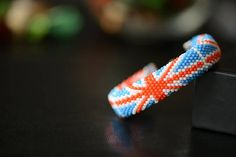 "Bead Crochet Bracelet ""United Kingdom"" - Beaded bracelet, Union Jack, British flag, UK Flag, Patriotic bracelet, English Flag, Flag bracelet"