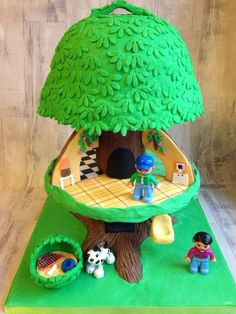 Treehouse cake / childhood memories  - Cake by Daisycupcake