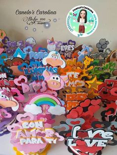 Diy Cake Topper, Cupcake Toppers, Mickey Mouse Birthday, Happy Valentines Day, Diy And Crafts, Balloons, Lettering, Halloween, Creative