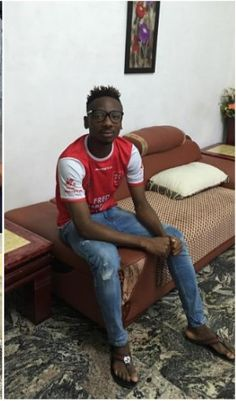 Arsenal FC Footballer Kelechi Nwakali Spotted Frying Garri in the Village (Photo)