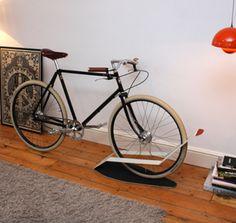 Idea para guardar la bici en casa 3