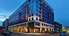 Residence Inn Boston Back Bay-Fenway takes extended stays to new level with kitchen suites, views of Fenway Park & apartment style amenities ideal for deluxe extended stays. Hotel near Boston Back Bay Amtrak, Boston Chlidren's, Brigham and Women's.