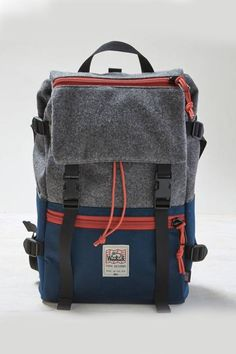 While I do not like regular run of the mill backpacks (or anything run of the mill really) This is an awesome backpack Grey TOPO x Woolrich x AEO Rover Pack Men's Backpacks, Back Bag, Mk Bags, Mode Style, Swagg, Backpack Bags, Travel Backpack, Travel Bags, Leather Bag