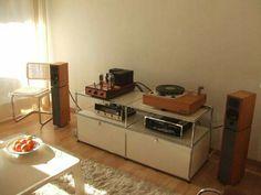 Vintage high end audio audiophile Garard Turntable McIntosh listening room