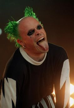 Keith Flint, The Prodigy Rave Music, Dj Music, Music Icon, Prodigy Band, Creepy Circus, Hanson Brothers, Robert Smith The Cure, Fire Starters, Tecno