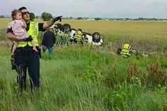 A Cop Sang A Lullaby To Distract A Little Girl After Her Dad Was Killed In A Car Crash
