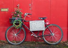 The holiday season is upon us so why not decorate your bike with some holiday cheer. From glowing lights to bike basket with trees to wreaths we pulled together 5 easy ways to deck your bike with some holiday cheer. 1. Add a festive wreath to your front bike basket. Check out this cute Bike …