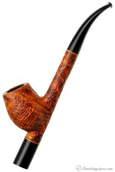 Never been that much of a fan of cavs but this one is just gorgeous... Askwith Sandblasted Cavailer Pipes at Smoking Pipes .com