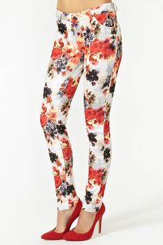 Floral Skinny Jeans - Really like the idea of floral pants but have trouble finding ones that dont look granny...i dig these