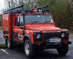 Land Rover Defender 130 G4. Auxiliar.