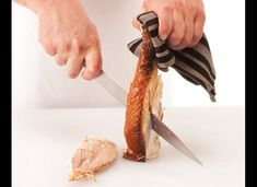 This Thanksgiving, you'll actually know what you're doing with that carving knife. Carving A Turkey, Baked Turkey, Thanksgiving Turkey, Fall Decor, Chicken Recipes, Pumpkin, Baking, Eat, Photos