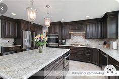 Kitchen Redo, Kitchen Layout, Home Decor Kitchen, Interior Design Kitchen, Kitchen Ideas, Kitchen Backsplash, Luxury Kitchens, Home Kitchens, Espresso Kitchen Cabinets