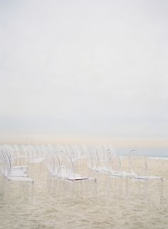 So simple & so pretty!! Would be gorgeous for a Door County wedding on the water :)