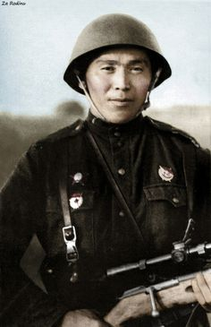 Soviet sniper with Mosin Nagant PEM