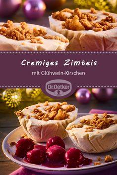 Cremiges Zimteis mit Glühwein-Kirschen: Vanille-Eis mit Zimtnote und karamellisierten Walnüssen  #weihnachtsdessert #advent #nachtisch