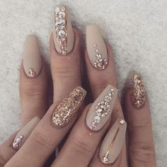 Find and save ideas about Trendy nails on Pinterest. | See more ideas about Glitter nails, Metallic nails and Colorful nails.
