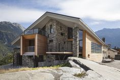 Image 16 of 20 from gallery of Mineral Lodge / Atelier d'Architecture Christian Girard. Photograph by N.Borel