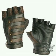 These would be great for a cyberpunk, post-apocalyptic, or steampunk costume. Steampunk Accessoires, Mode Steampunk, Steampunk Cosplay, Steampunk Clothing, Steampunk Fashion, Steampunk Gloves, Diesel Punk, Larp, Apocalyptic Fashion