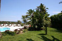 Hotel Balocco - Porto Cervo dettaglio nostra piscina & giardino our swimming pool & garden