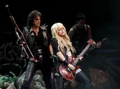 Orianthi (with Alice Cooper)