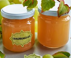 Rezept: Traubengelee Jam And Jelly, Dessert Recipes, Desserts, Chutney, Salsa, Food And Drink, Jar, Sweets, Homemade