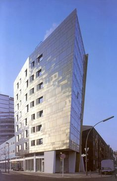 IBA Housing, Berlin, Germany by Zaha Hadid Architects Arquitectos Zaha Hadid, Zaha Hadid Architects, Innovative Architecture, Futuristic Architecture, Amazing Architecture, Contemporary Architecture, Contemporary Art, Building Structure, Skyscraper