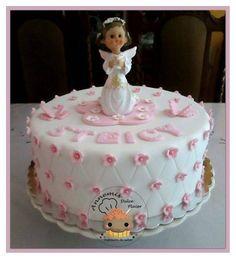 imagenes y fotos de tortas para primera comunion de niña