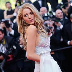 You Have to See Every Last Detail on Blake Lively's Dress (I love her, could she get any more gorgeous?)