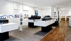O2 - SONY experience store | exploring area
